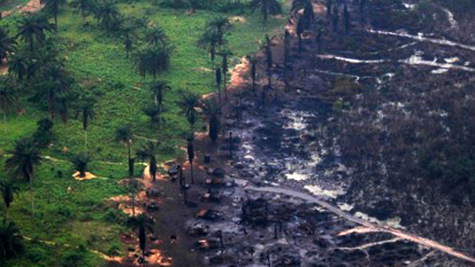 shell oil in nigeria Almost 14 percent of shell's production – their biggest fields outside the us – comes from nigeria since they started drilling there in 1958, the ogoni region, part of the niger delta, has yielded about $ 30 billion in oil revenues.