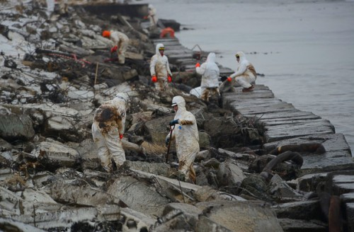 russian-oil-spill-1